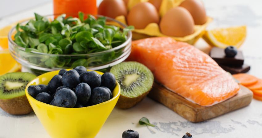 Lima Makanan untuk Merawat Kesehatan Mata 157