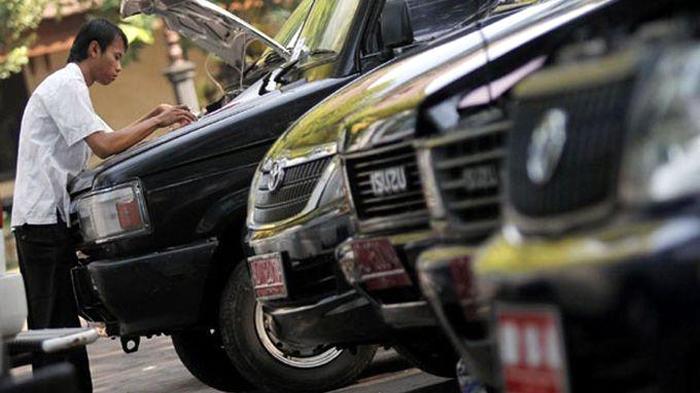 Dianggarkan 808 Juta, Ketua DPRD dan Kepala Inspektorat Segera Punya Mobil Dinas Anyar 157