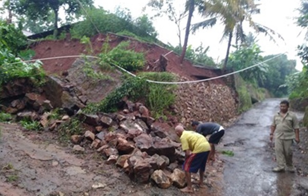 Tingkat Kerawanan Bencana Tinggi, Pemerintah Dorong Kalurahan Bentuk Destana 145