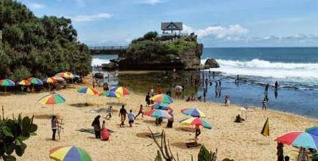 Libur Akhir Tahun, Tak Ada Pembatasan Jumlah Kunjungan Wisatawan di Obyek Wisata 157