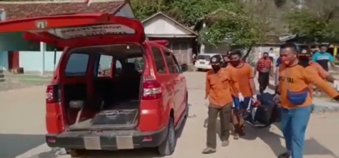 Mayat Pria Tak Dikenal Ditemukan di Pantai Ngeden 157