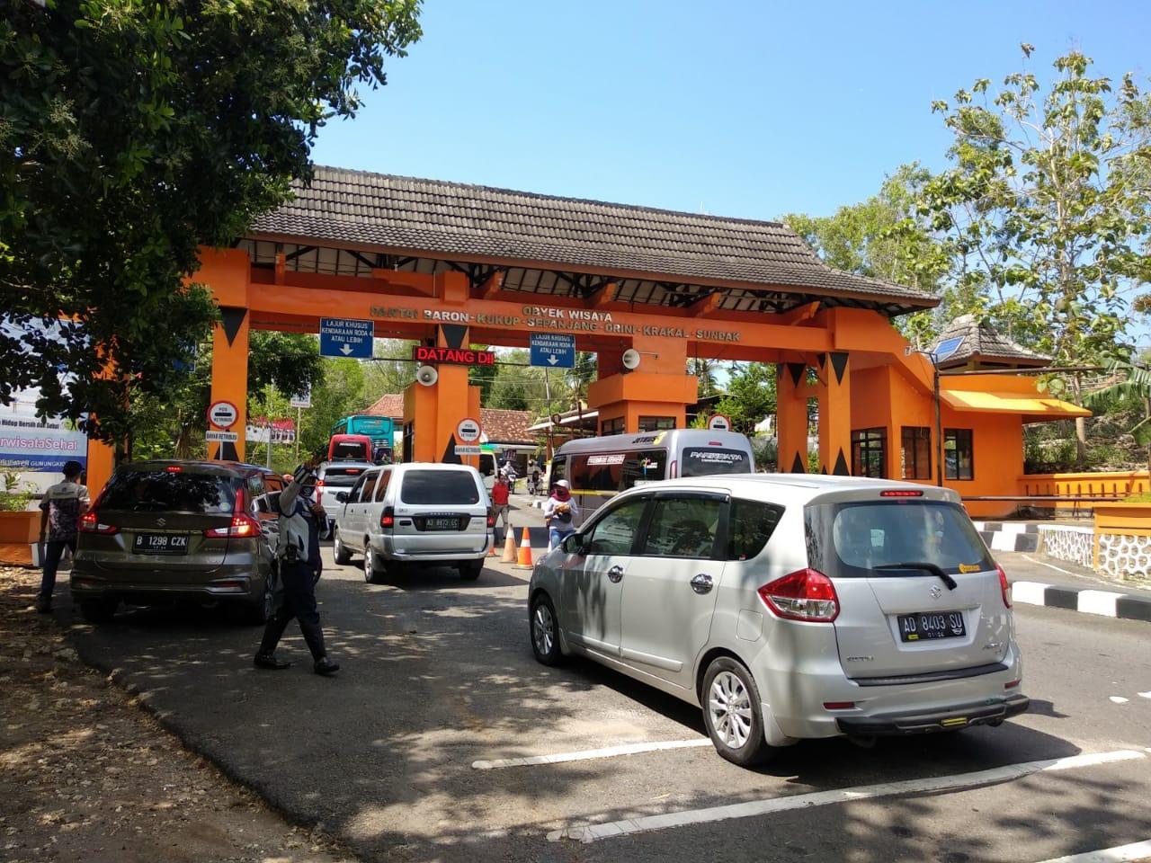Libur Panjang, Belasan Ribu Wisatawan Mulai Padati Destinasi Wisata di Gunungkidul 145