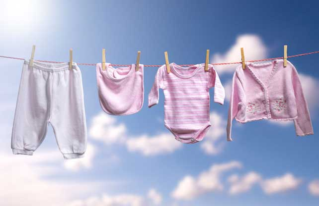 Enam Tips Mencuci Pakaian Bayi 149