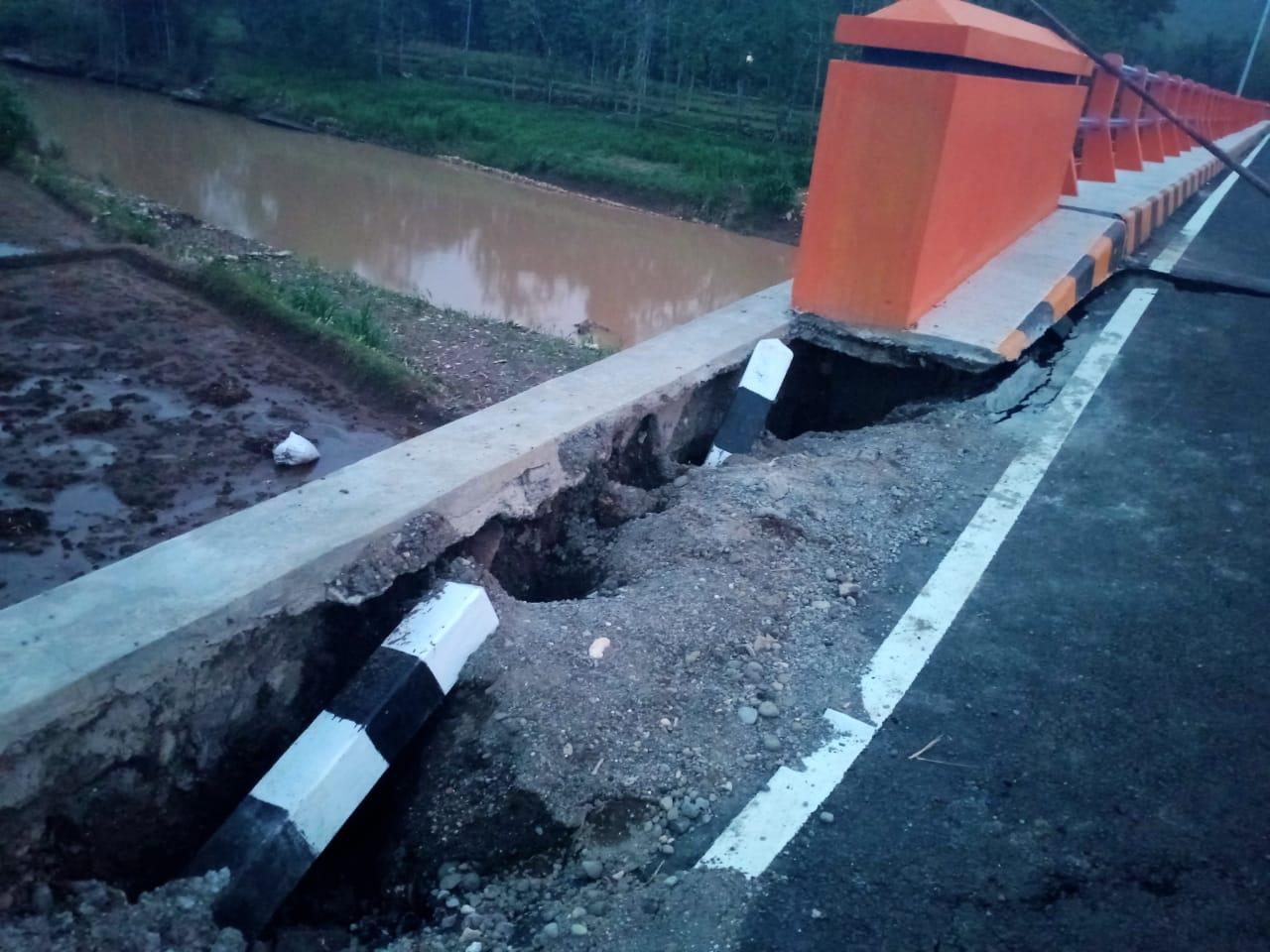 Kejaksaan Negeri Gunungkidul Mulai Pantau Proyek Pengerjaan Jembatan Jeruk Legi yang Diduga Dibangun Asal-Asalan 157