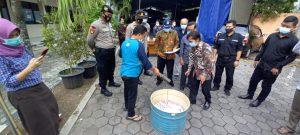 Ribuan Surat Suara Rusak Dimusnahkan Petugas 182