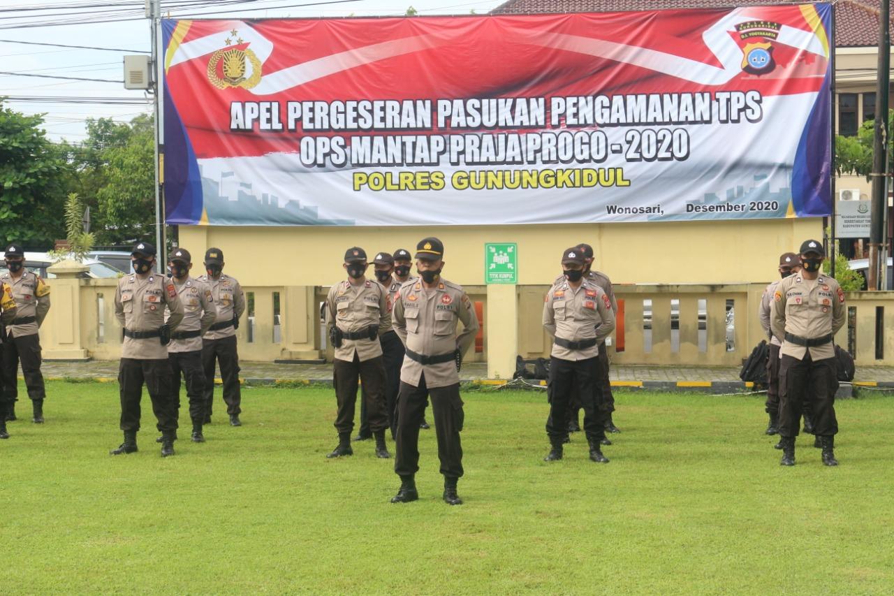 Jelang Hari Pencoblosan, Ribuan Personel Kepolisian Disebar untuk Amankan Pilkada 157