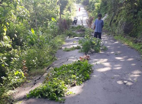 Bencana Alam Tanah Longsor Hingga Jalan Amblas Terjadi di Gunungkidul saat Malam Pergantian Tahun 157
