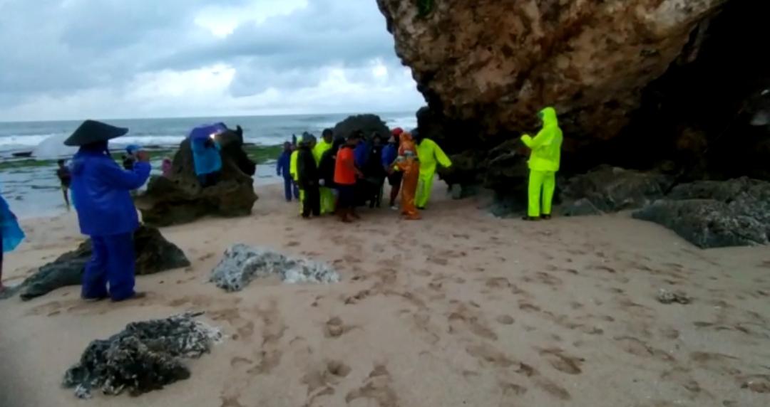 Penjala Ikan yang Sempat Hilang Ditemukan Tak Bernyawa di Pantai Ngrumput 149