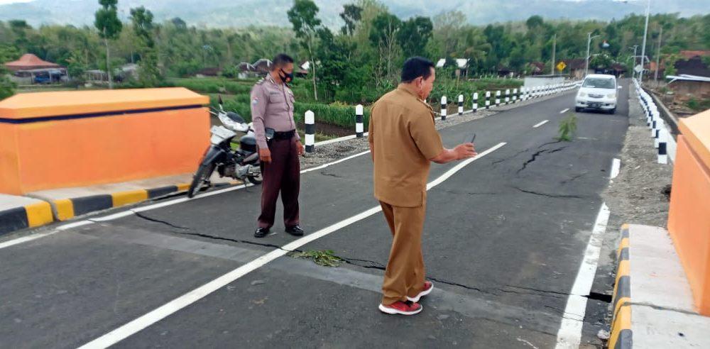 Baru Rampung Sudah Rusak, Perbaikan Jembatan Anyar Senilai 9 Miliar Diawasi Ketat 149