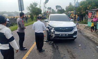 Ngantuk saat Kemudikan Truk, Hariyanto Tabrak Dua Mobil 148